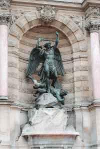angels fighting in the heavenlies